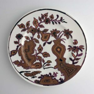 White bone china dinner plate with abtract chinoiserie pattern